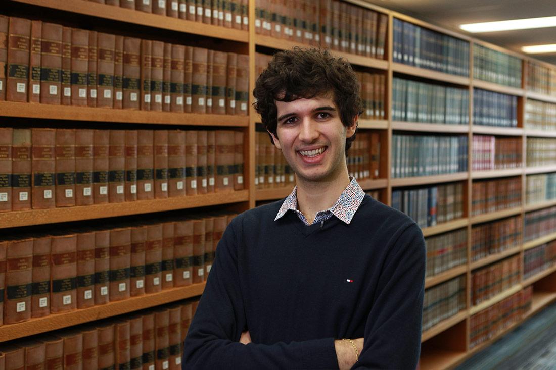 Should I pursue Law or Psychology? Help me decide?